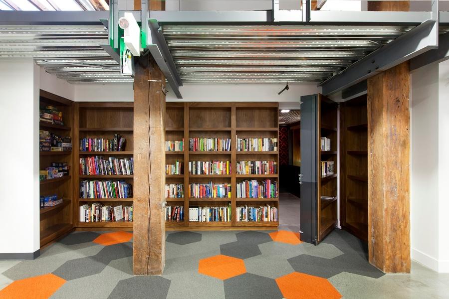 460BryantWeebly_Bookcase1.jpg
